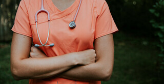 What is a Nurse Practitioner? Doctors vs. Nurse Practitioners